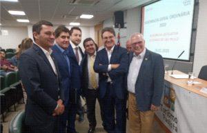 Autoridades presentes na renovação da parceria da APRECESP com o Prêmio Top Destinos Turísticos