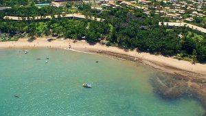 Durante o Carnaval de Salvador, é possível também curtir as belas praias da cidade