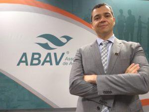 Fernando Santos assume presidência da Abav/SP dia 24