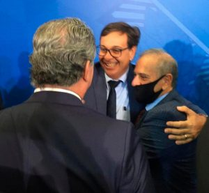 Gilson Machado toma posse como ministro do Turismo