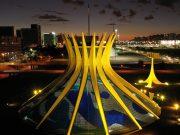 Hotel recebe exposição sobre 60 anos de Brasília