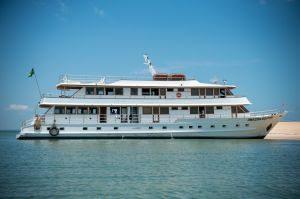 Novo barco exclusivo no Rio Tapajós