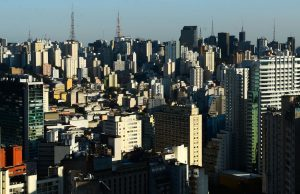 São Paulo regride para fase amarela