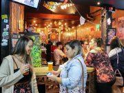 A cerveja artesanal atrai um bom público ao local